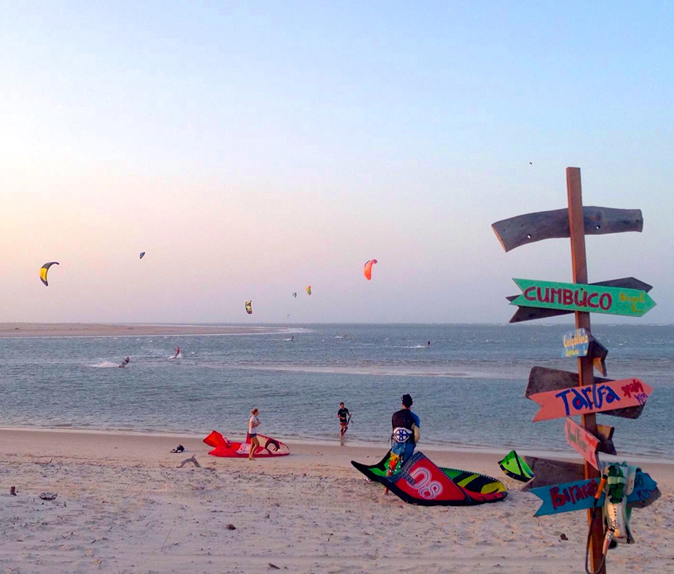 Atins kitesurf lagoon and beach with kites.