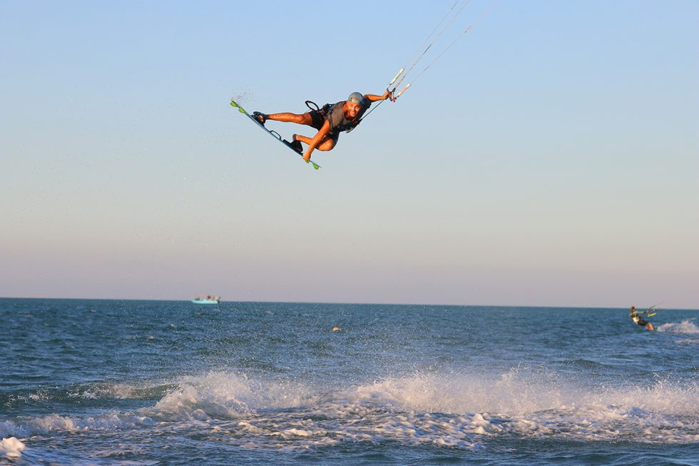 Intermediate and advanced coaching with Gogo at Nomad Kite Events.