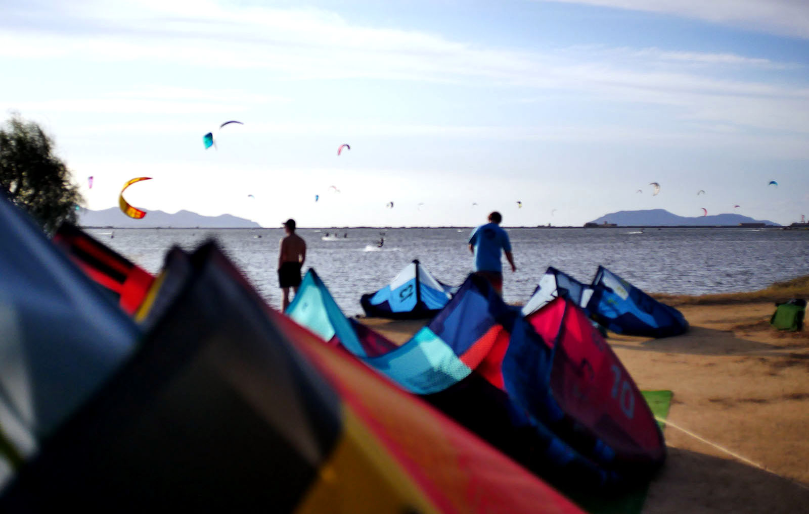 Kites lined up at level Up kite centre, Lo Stagnone