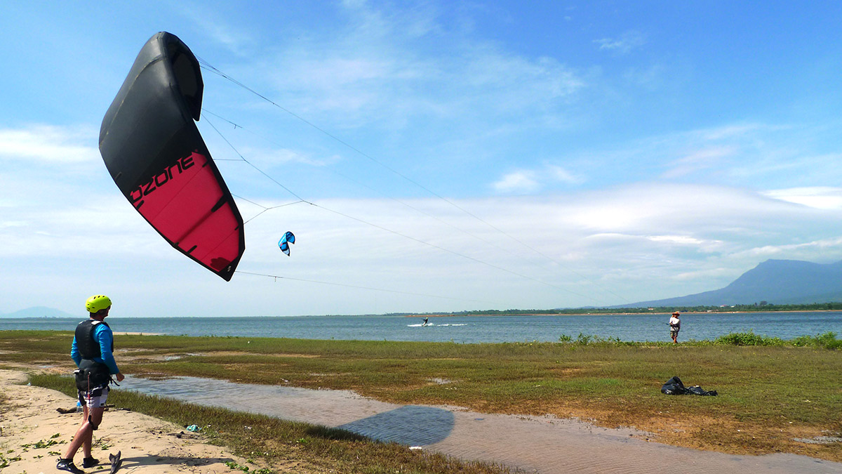 kite launch at Kampot kitesurf spot