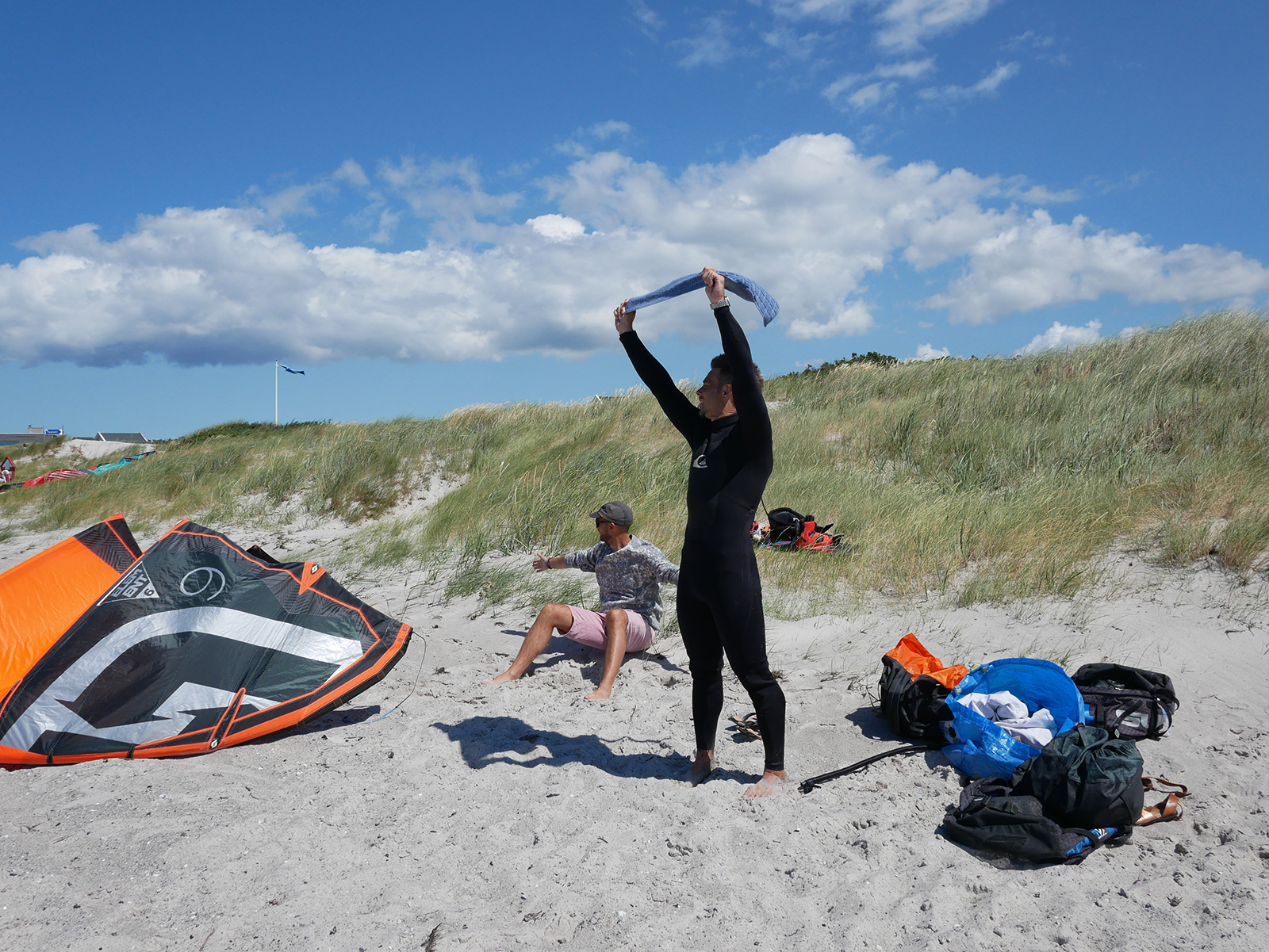 Kitesurfer's on the beach at Skanor, Sweden