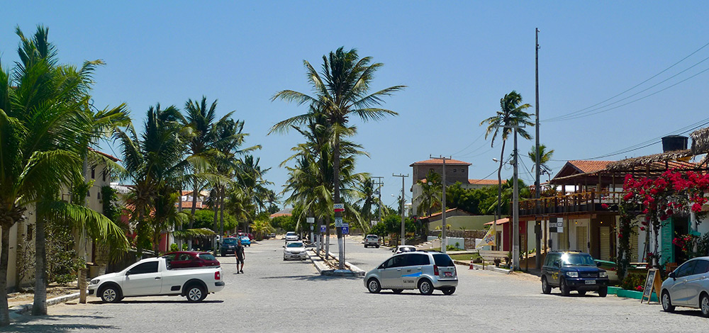 Ilha do Guajiru main street