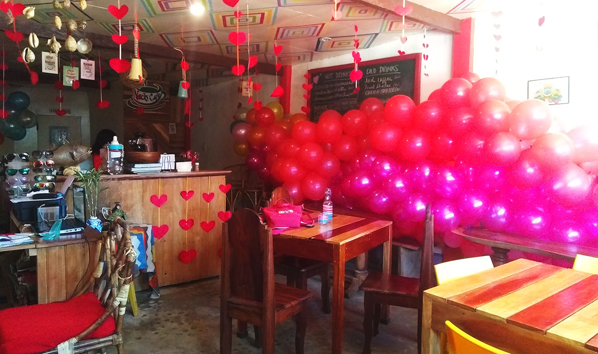 Valentine's day decorations in Nacks Cafe, Cuyo.
