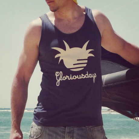 Gloriousdays vest for beach people